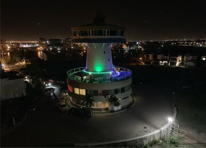 Empresa constructora oferta edificio Hotel Boutique en La Marina