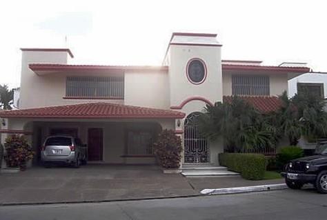 Se vende casa en El Cid - Mazatlán