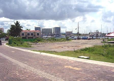 Se vende terreno en Isla Marina Mazatlán