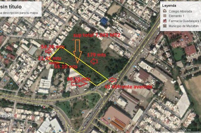 Se vende terreno en Av. Rafael Buelna - Mazatlán