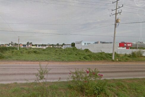 Se vende Terreno en Av. Clouthier - Mazatlán