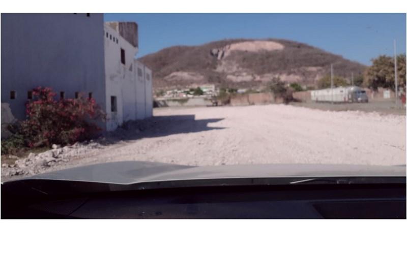 Se renta bodega y terreno en Hacienda de Urías