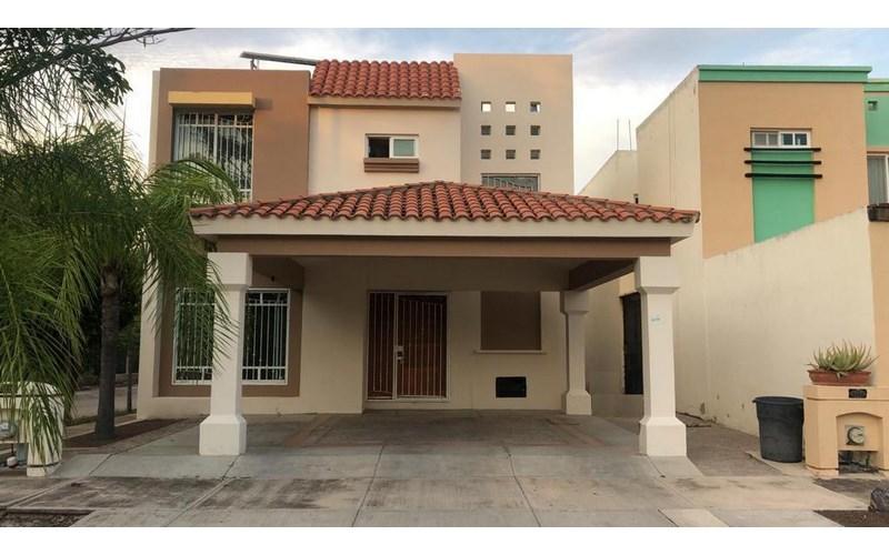 Se vende casa en Palmas del Sol (Sabalo Country) Mazatlán