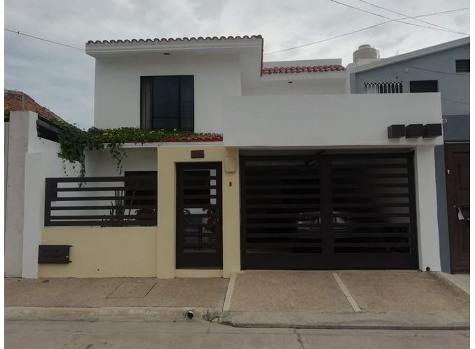 Se vende casa en El Toreo Mazatlán